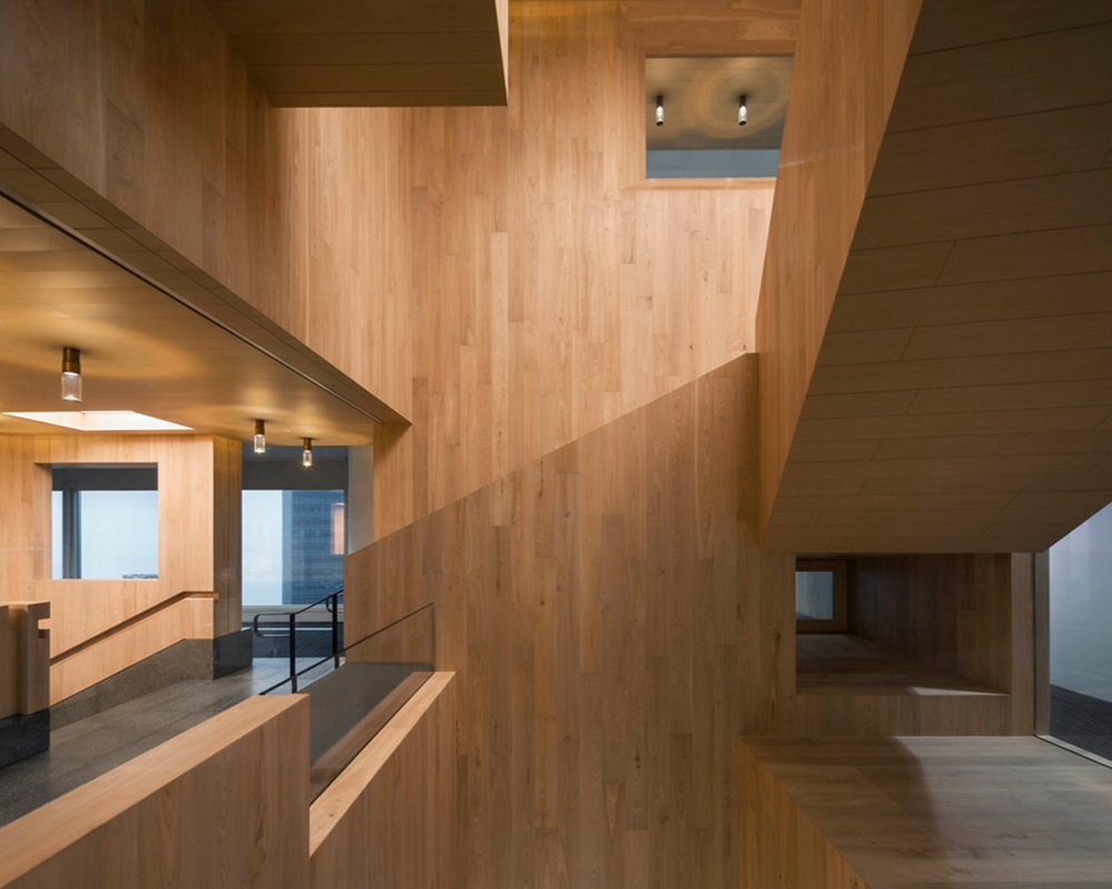 Curio_Stair_of_Encounters_-_Bloomberg_HK_Office_photographed_by_Pedro_Pegenaute_(15)