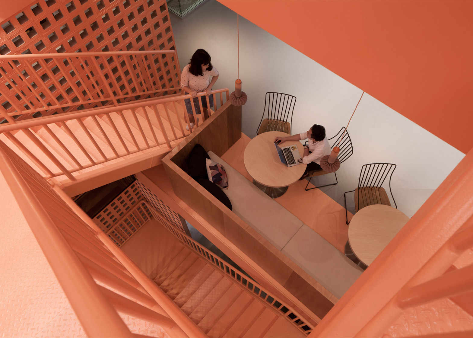 airbnb-offices-singapore-farm_dezeen_1568_1