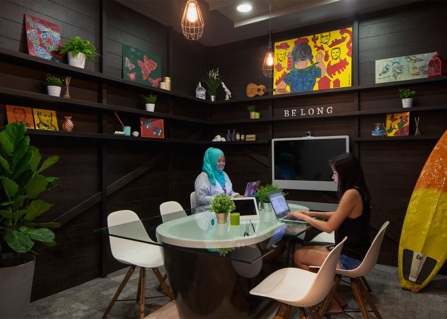 airbnb-offices-singapore-farm_dezeen_1568_4