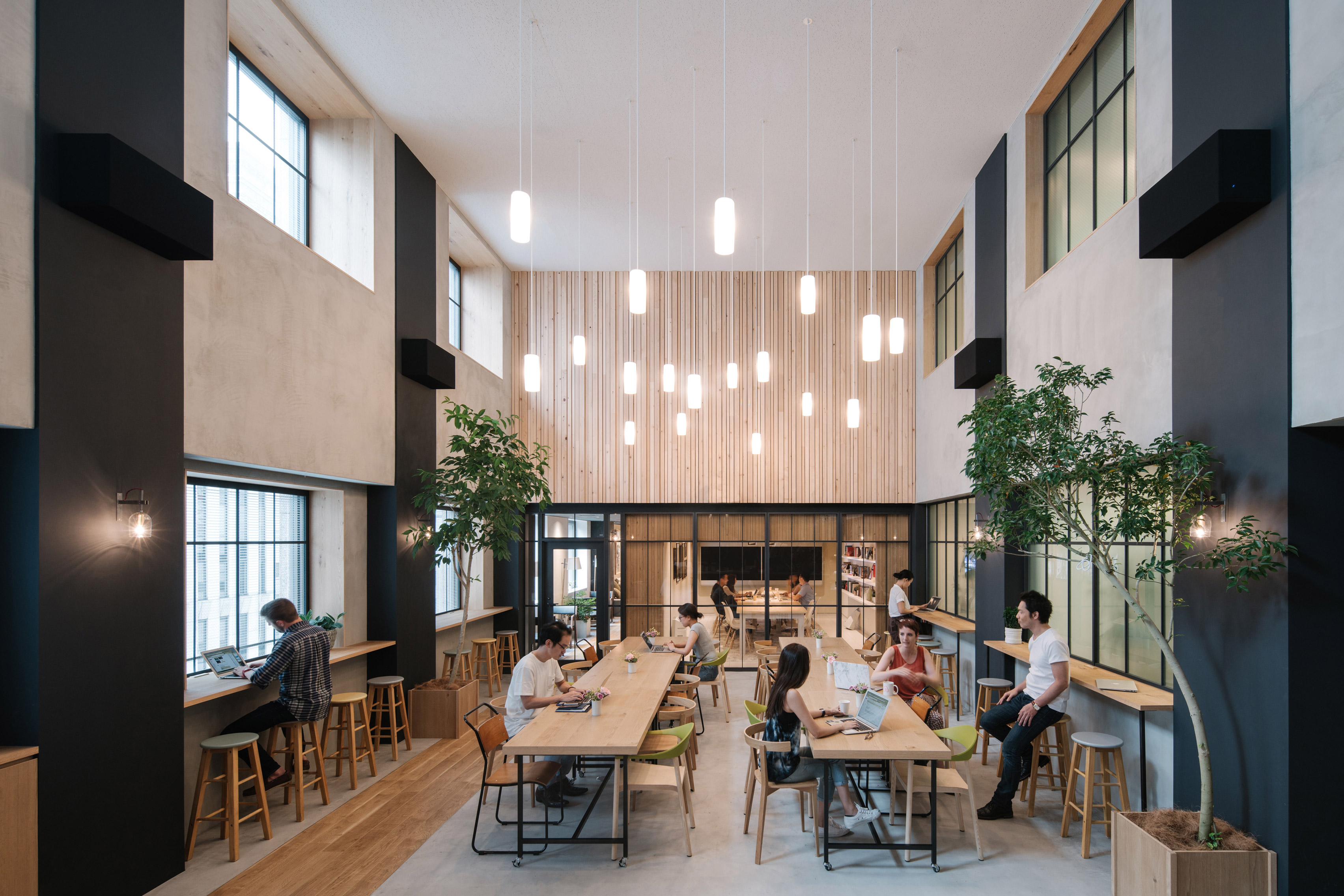 airbnb-tokyo-office-_dezeen_3408_0