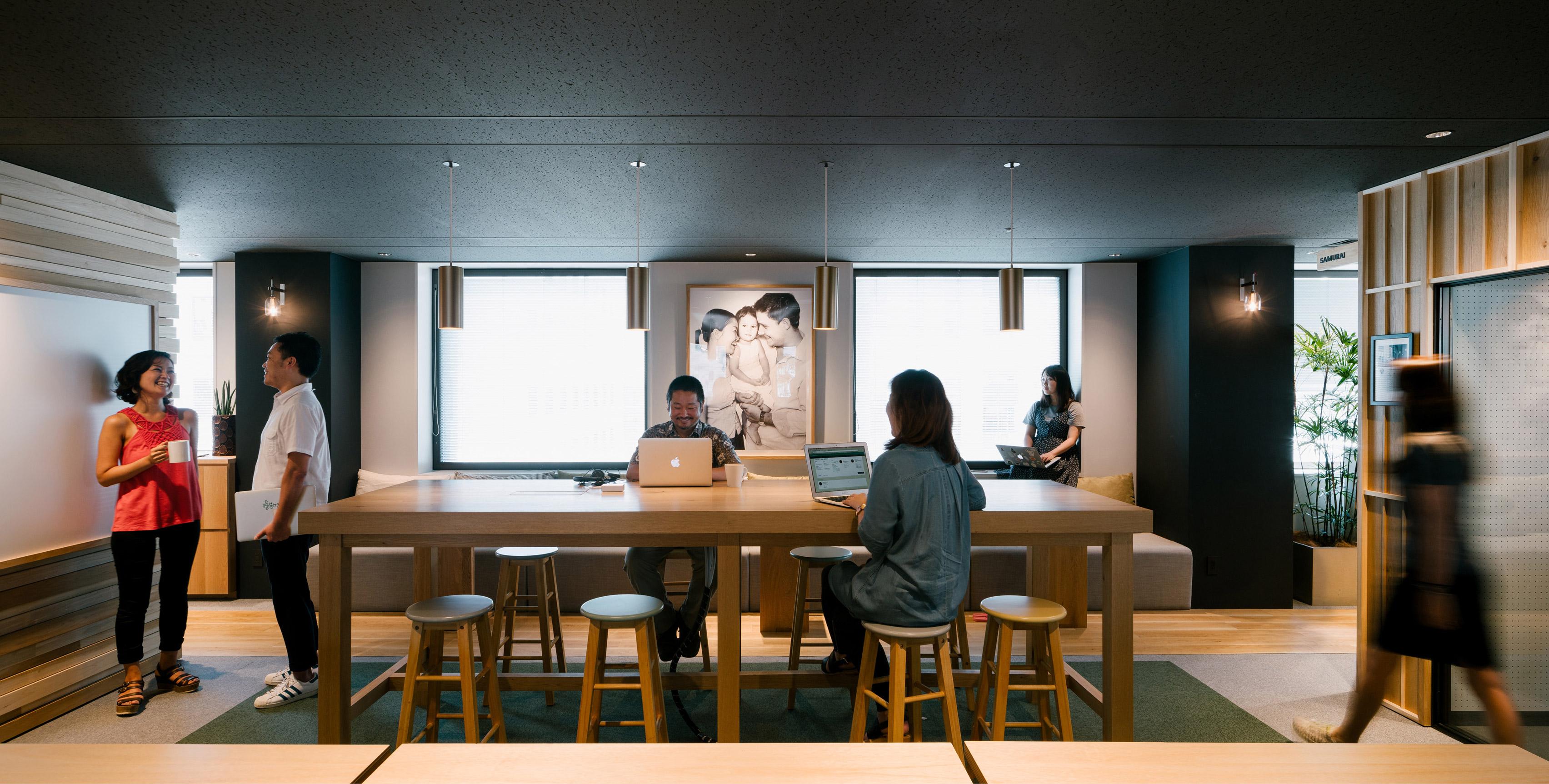 airbnb-tokyo-office-_dezeen_3408_8