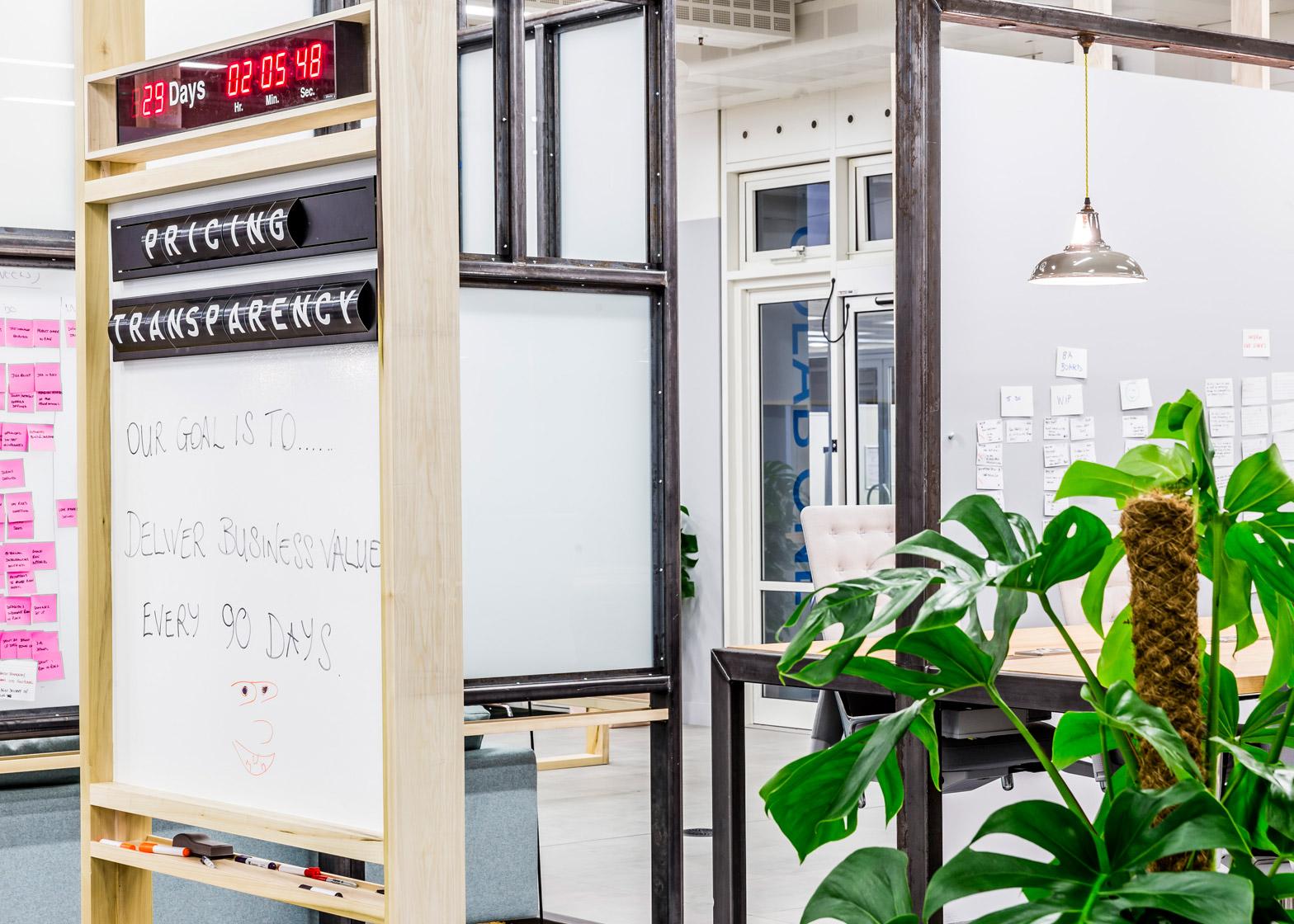 barclaycard-agile-workplace-APA-london-interior-design_dezeen_1568_7