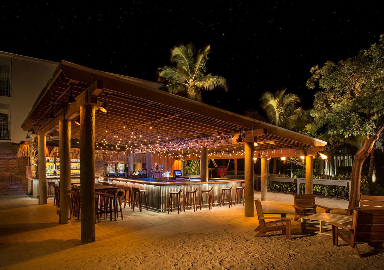 Big-Time-Design-Postcard-Inn-Tiki-Bar_007