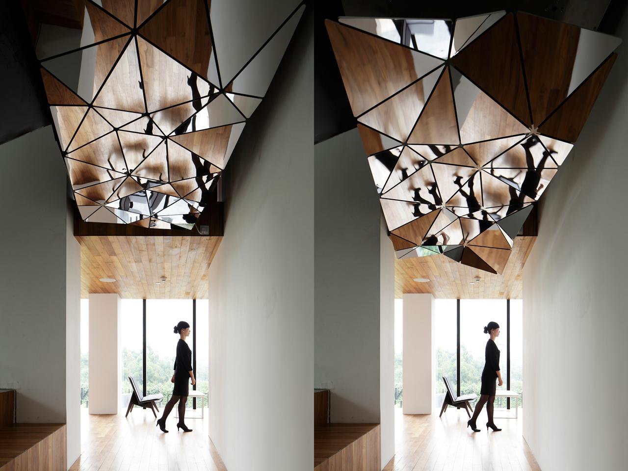 Destin-hotelWIND_team-bldg-3-TRFINITE-installation-in-lobby