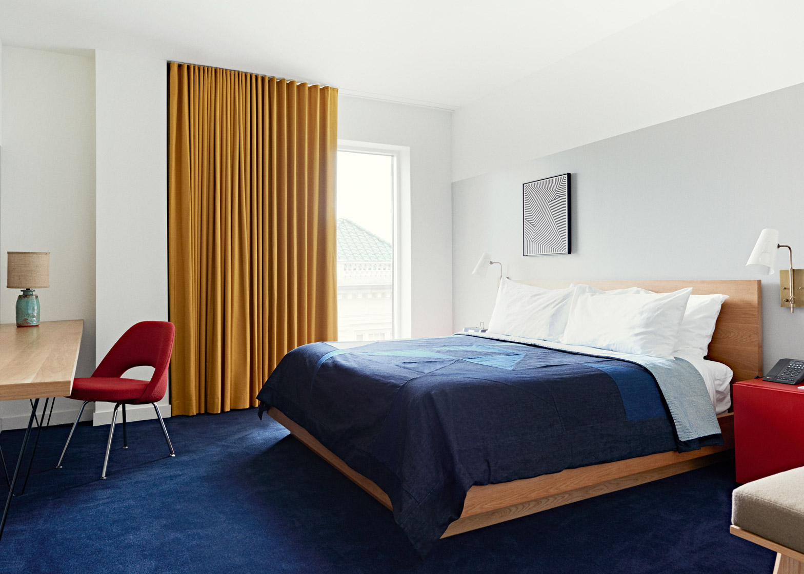 North-Carolina-hotel_The-Durham_Commune_Mutual-Savings-Bank-conversion_dezeen_1568_10