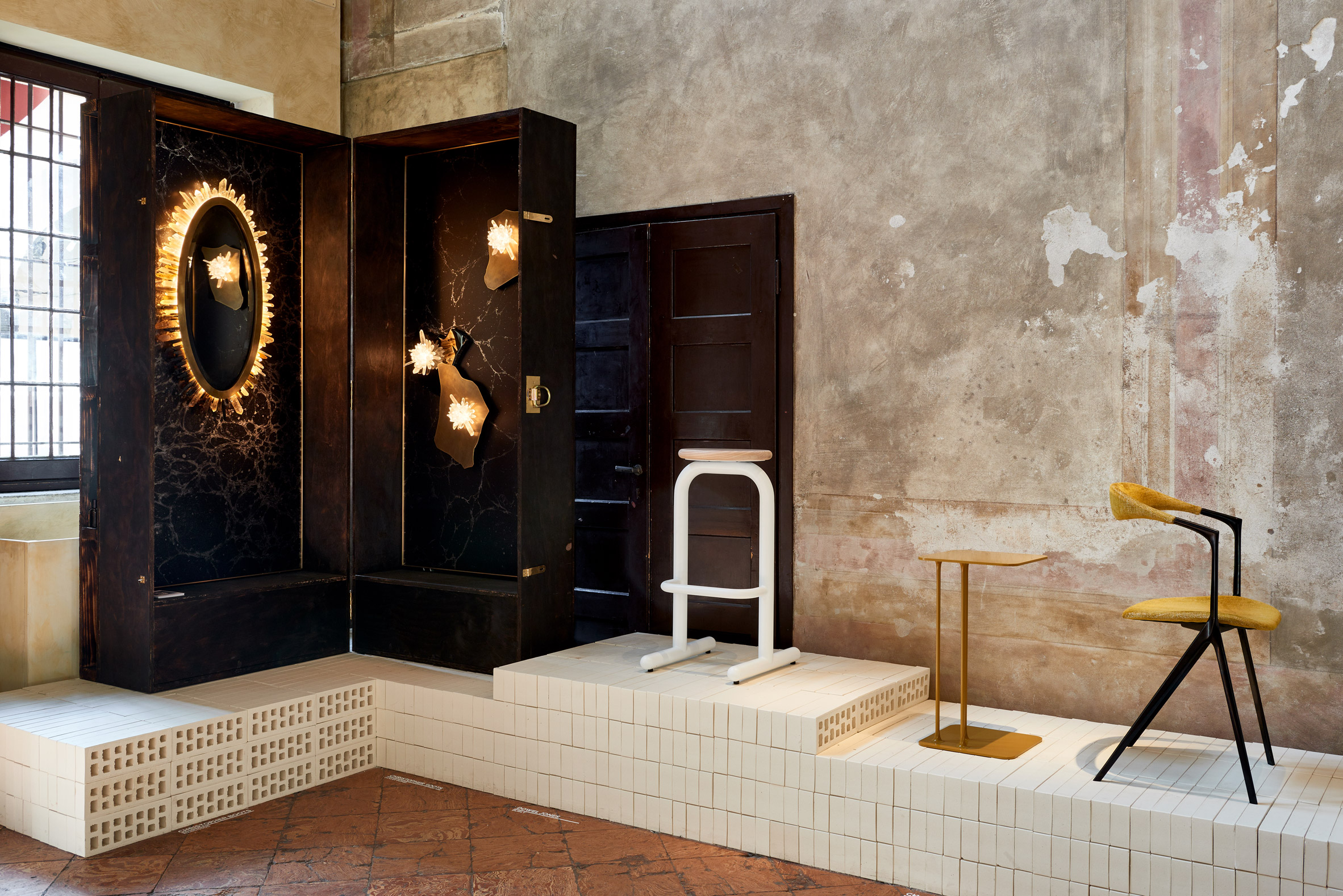 milan-local-design-australian-designers-lighting-furniture_dezeen_2364_col_7
