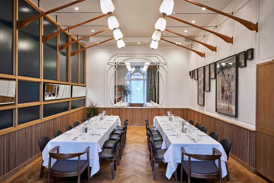 modern-pantry-avroko-restaurant-bar-interior-furniture-lighting-london-uk_dezeen_936_2