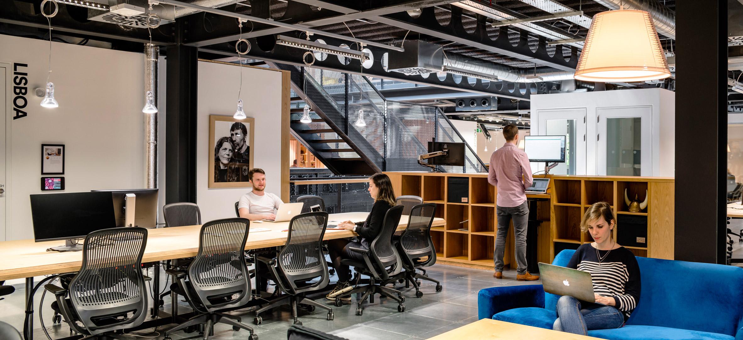 airbnb-dublin-office-interiors-ireland-offices_dezeen_2364_col_3