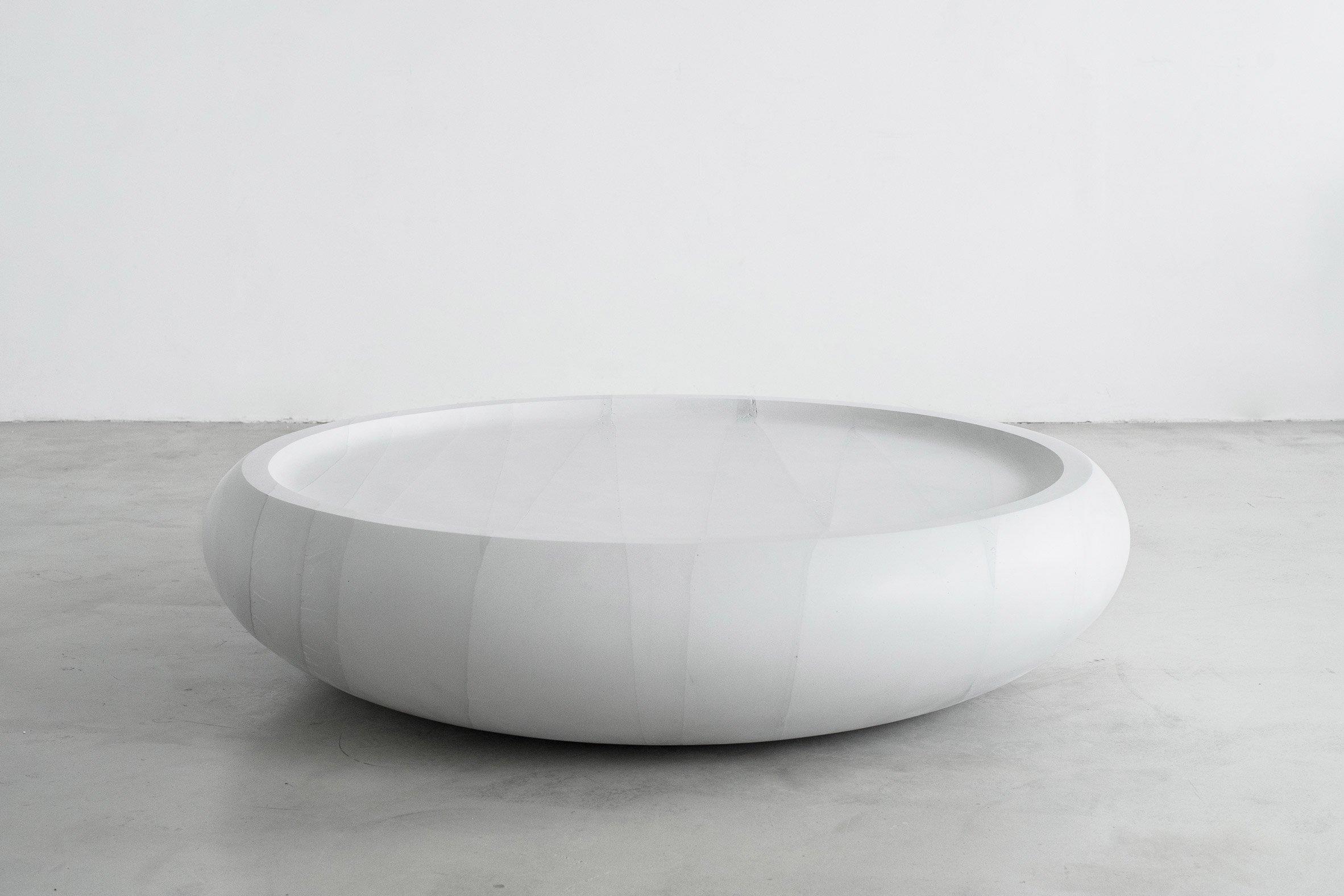 ghost-thaw-furniture-fernando-mastrangelo-collection-new-york-cast_dezeen_2364_col_12