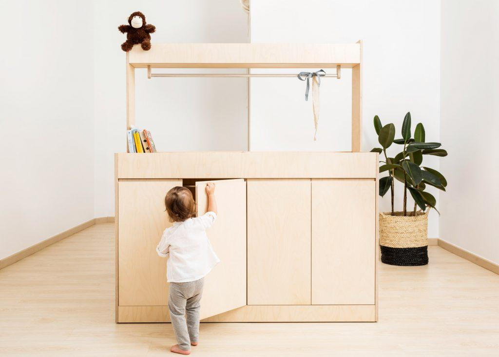 teehee-kids-furniture-europe-plywood-textiles_dezeen_2364_ss_5-1024x732
