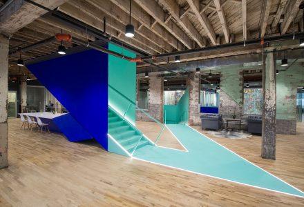 纽约时尚工业风办公室/Coworkrs