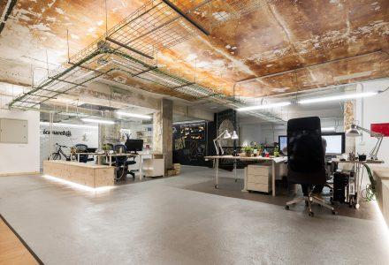 岁月留痕Iconweb西班牙办公室设计