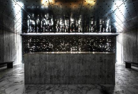 光与影共同编织的香港TUVE酒店