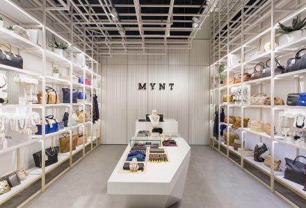 巴塞罗那·Mynt商场专卖店设计