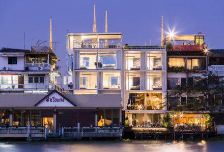 俯瞰曼谷的夜色—萨拉度假酒店