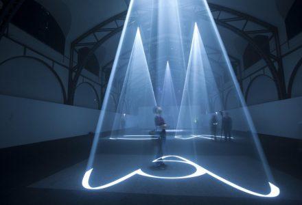 光与影雕刻出空间