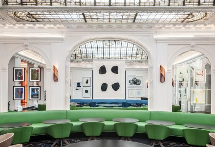 经典浪漫的巴黎Hotel Vernet度假酒店