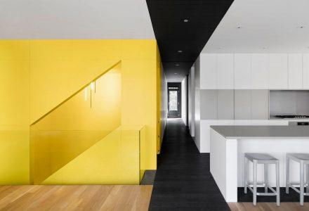 蒙特利尔老建筑改造现代别墅设计