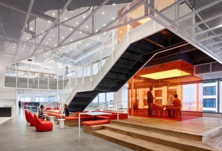 热辣色彩打造GLG自由办公空间