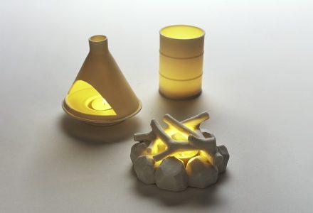"""灵感来自""""壁炉""""的Kikkerland灯饰"""