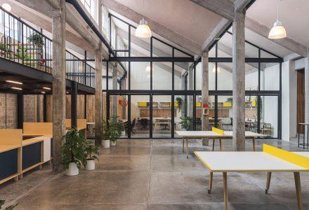墨西哥厂房改造Guateque联合办公空间