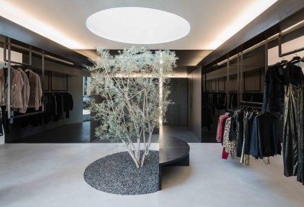 日式庭院风格精品服装店设计