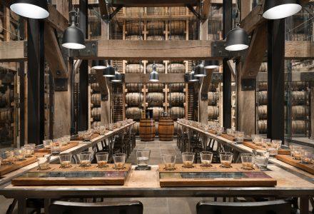 杰克丹尼酒厂1-14品酒体验空间