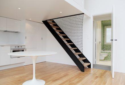 现代风格LOFT阁楼公寓翻新设计