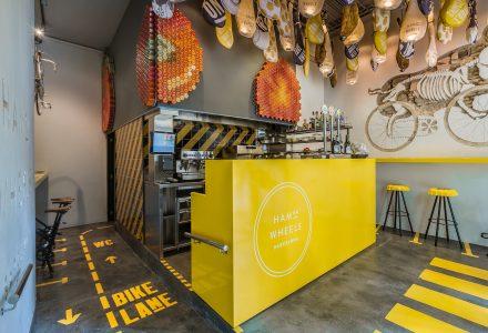 西班牙巴塞罗那创意快餐厅设计
