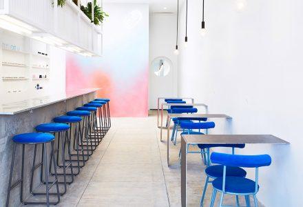 洛杉矶63平米时尚美甲店设计