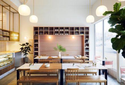 波士顿DIG INN清新粉红色系餐厅设计