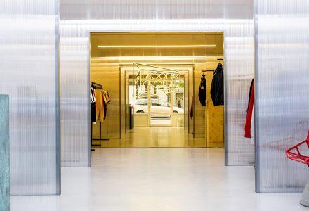 纽约46.5平米Fool's Gold服装店设计