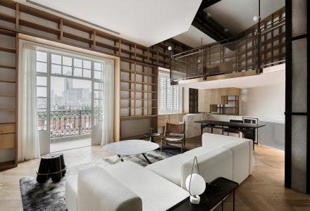 """上海""""书架式""""公寓翻新设计"""