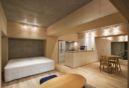 布满隐藏存储的日本住宅