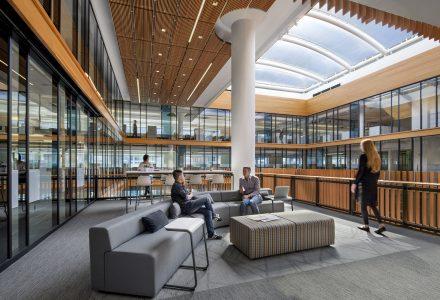 旧金山湾区地方政府办公室改造设计