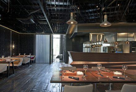 厦门·肴约餐厅设计
