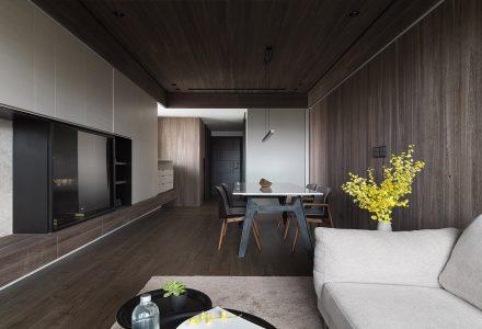 日式纸艺木制住宅空间 / 易其设计