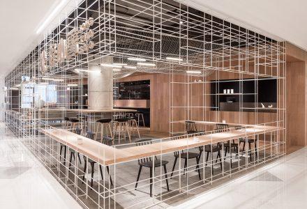 """上海·""""隆小宝""""主题概念餐厅 / 芝作室"""