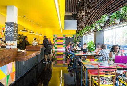 伦敦·伯尼格兰特艺术中心的酒吧和咖啡厅