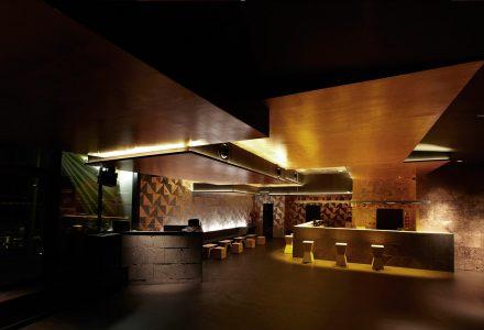 巴黎·NÜBA日间餐厅+夜间酒吧俱乐部