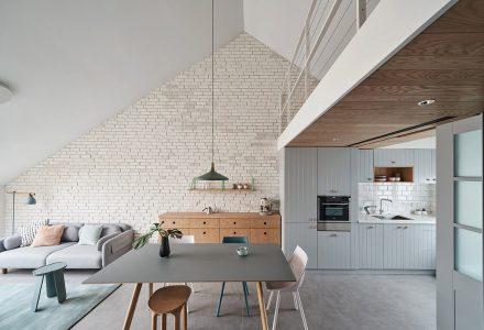 三角形屋顶LOFT阁楼设计 / HAO Design