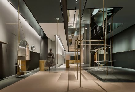 深圳·全球设计师品牌买手店1WOR中国旗舰