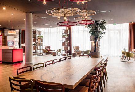 德国明媚丰富的Intercity酒店