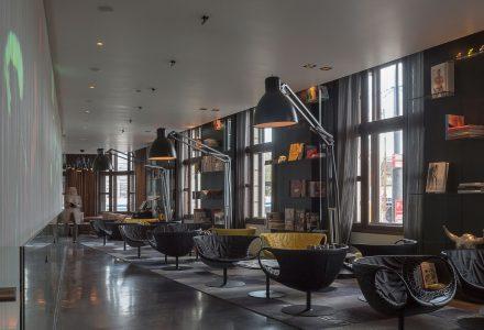 阿姆斯特丹艺术酒店—Art'otel