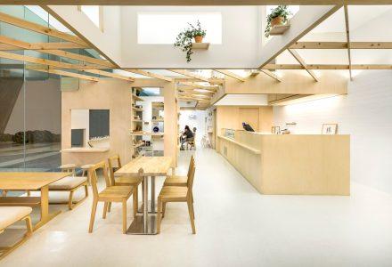 Kki Sweets和The LittleDrömStore共享空间店铺设计