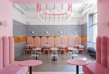 乌克兰Breadway Bakery咖啡面包店设计