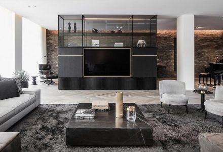 Residence M&S有阁楼的现代公寓设计