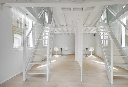 比利时17世纪的住宅改造成小型酒店