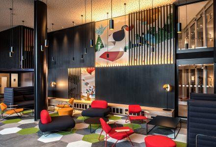 瑞士Radisson北欧风酒店及餐厅设计