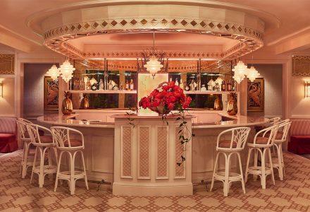 美国迈阿密·糖果色Swan(天鹅)餐厅设计